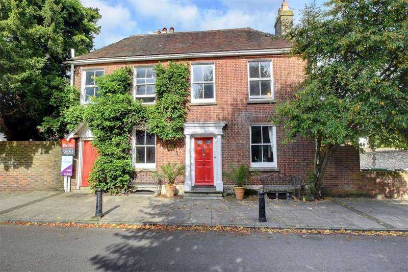 4 Bedrooms Detached House for sale in St Peters Road, Petersfield, Hampshire