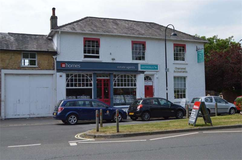 House for rent in Antrobus House Ltd, 18 College Street, Petersfield, Hampshire