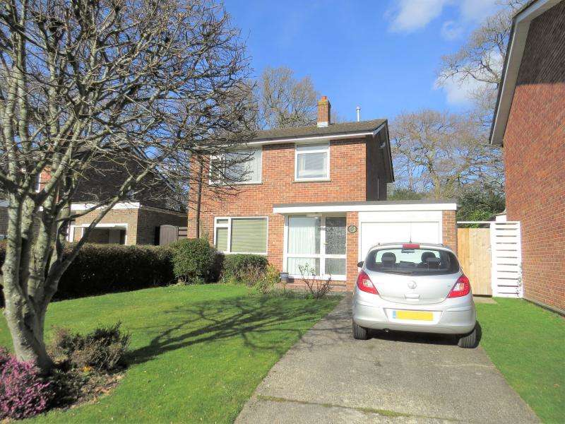 3 Bedrooms House for sale in Detached Family Home