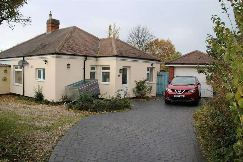 3 Bedrooms Detached Bungalow for sale in Clifford Street, Glascote, Tamworth