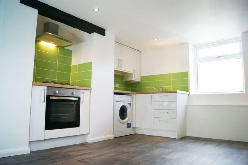 4 Bedrooms Terraced House for rent in Newsome Road, Huddersfield HD4