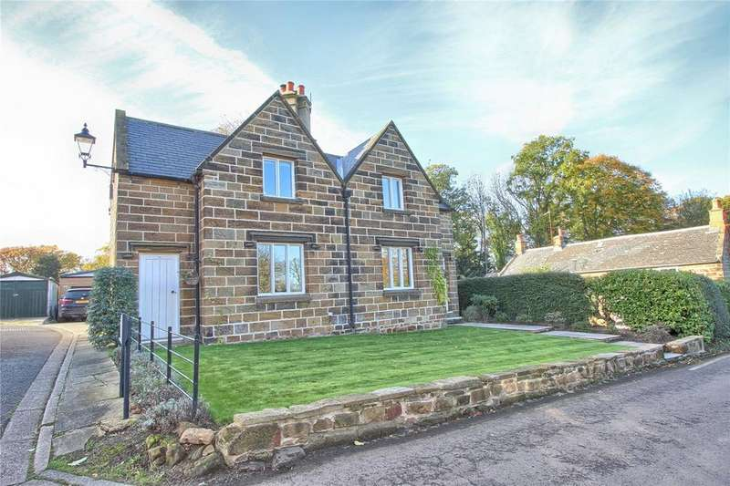 3 Bedrooms Detached House for sale in Wilton Village, Wilton