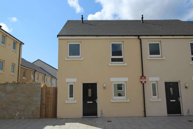3 Bedrooms Semi Detached House for sale in Boslowen, Camborne, TR14