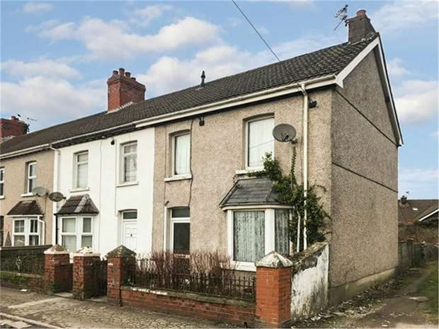 2 Bedrooms End Of Terrace House for sale in Thomas Crescent, North Cornelly, Bridgend, Mid Glamorgan