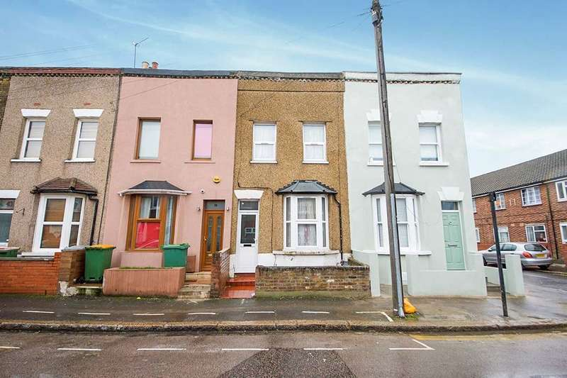2 Bedrooms Property for sale in Field Road, London, E7