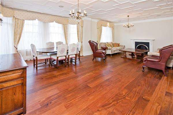 4 Bedrooms Flat for rent in OAKWOOD COURT, HOLLAND PARK, W14