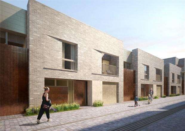 3 Bedrooms Terraced House for sale in Eddington Avenue, Cambridge, Cambridgeshire