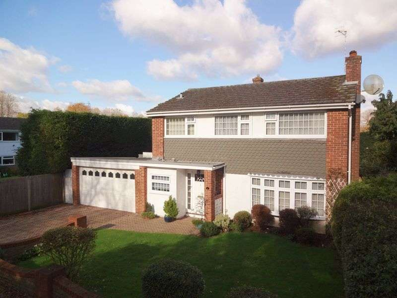 4 Bedrooms Property for sale in Home Farm Road, Godalming