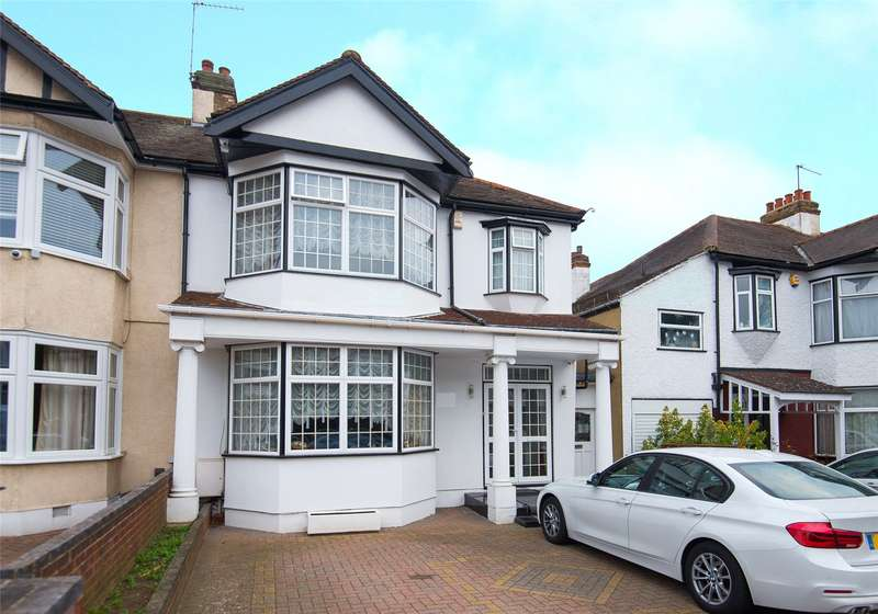 3 Bedrooms Semi Detached House for sale in Greenheys Drive, South Woodford, London