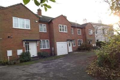 4 Bedrooms House for rent in Mapperley Road, Mapperley Park