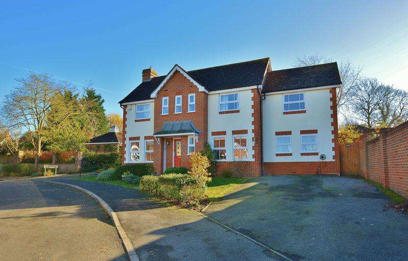 4 Bedrooms Detached House for sale in Swan Gardens, Tetsworth