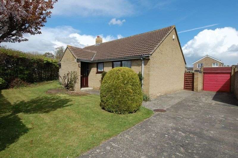 3 Bedrooms Property for sale in Holly Close, Kidlington