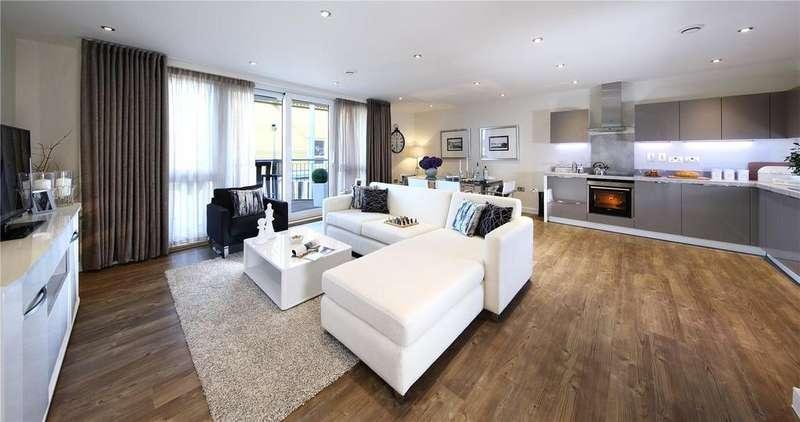 2 Bedrooms Flat for sale in The Dunbar, Catalina Apartments, Lymington Bridge Road, Lymington, SO41