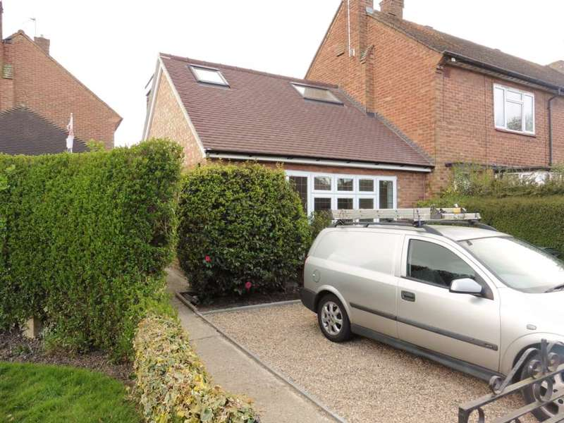 2 Bedrooms Bungalow for sale in Hayling Road, South Oxhey