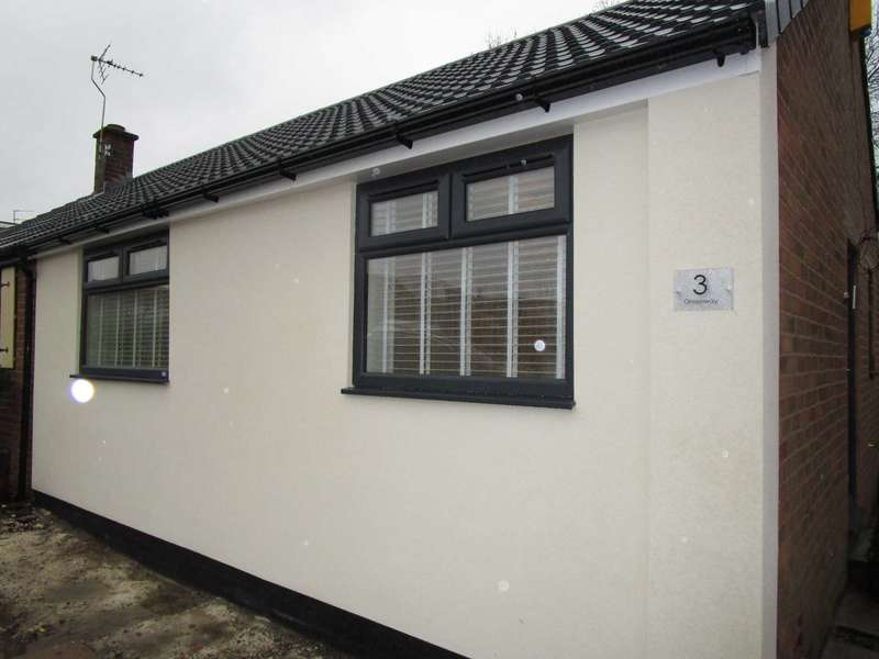 2 Bedrooms Bungalow for sale in Greenway, High Crompton, Shaw