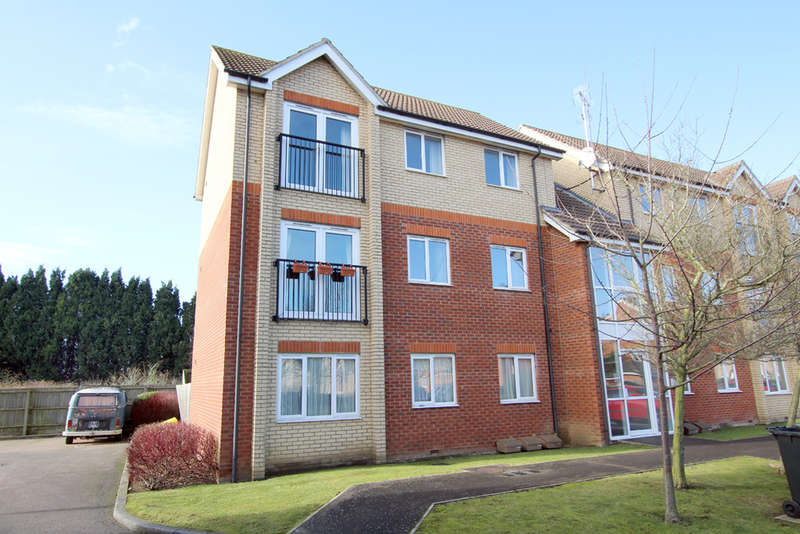 2 Bedrooms Ground Flat for sale in Braeburn Walk, Royston