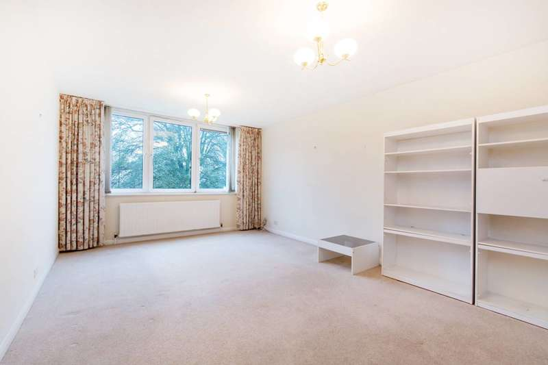 2 Bedrooms Flat for sale in Streatham Common North, Streatham Common, SW16