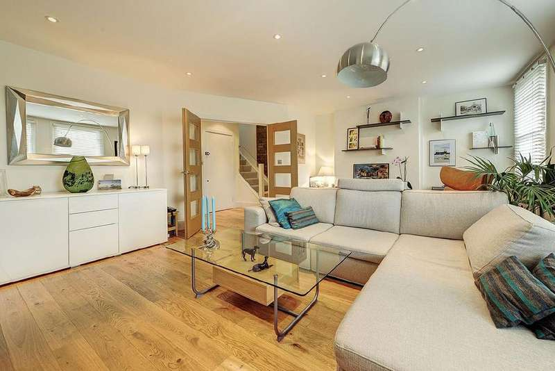 3 Bedrooms Flat for sale in Fairhazel Gardens, South Hampstead