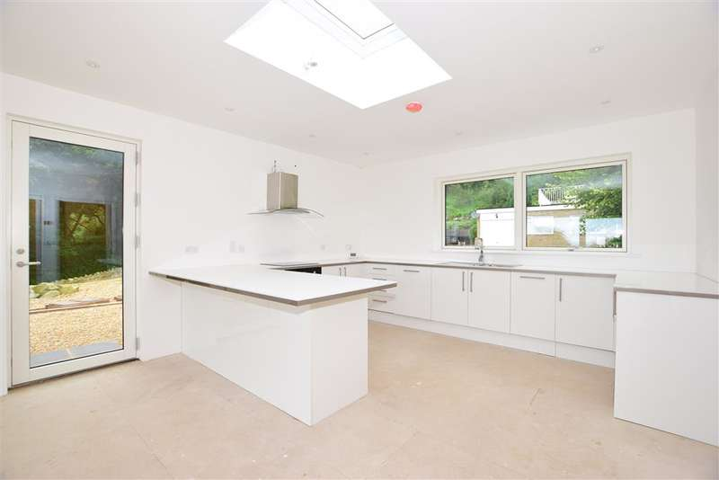 4 Bedrooms Detached Bungalow for sale in Inglewood Park, , Ventnor, Isle of Wight