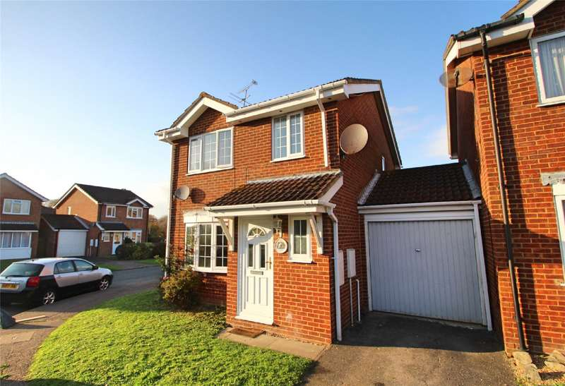 3 Bedrooms Detached House for sale in Kingfisher Close, Worthing, West Sussex, BN13