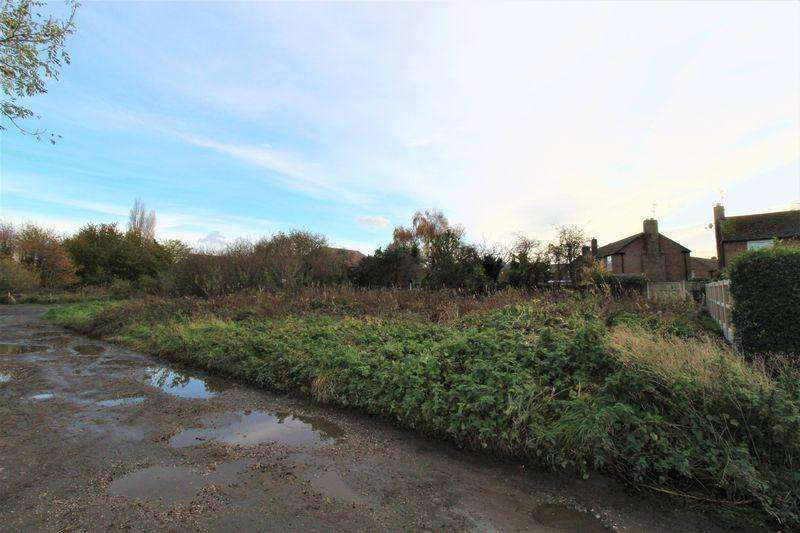 Land Commercial for sale in Mill Lane, Ness