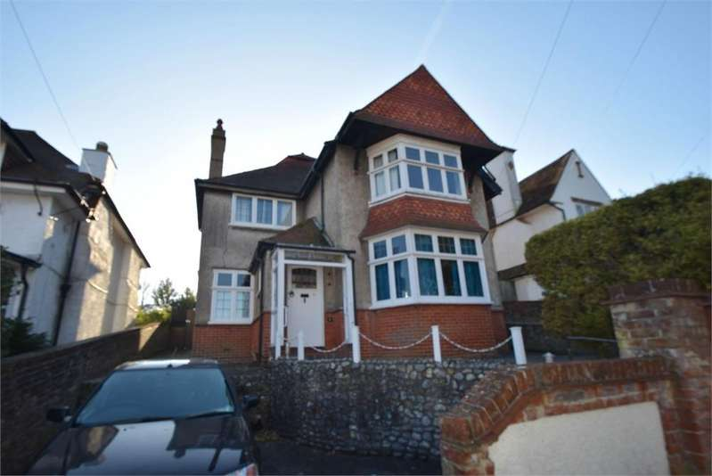 6 Bedrooms Detached House for sale in Kings Avenue, Upperton, East Sussex