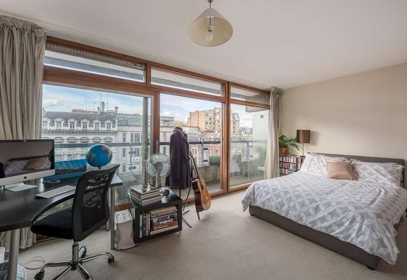 Studio Flat for sale in John Trundle Court, Barbican, London