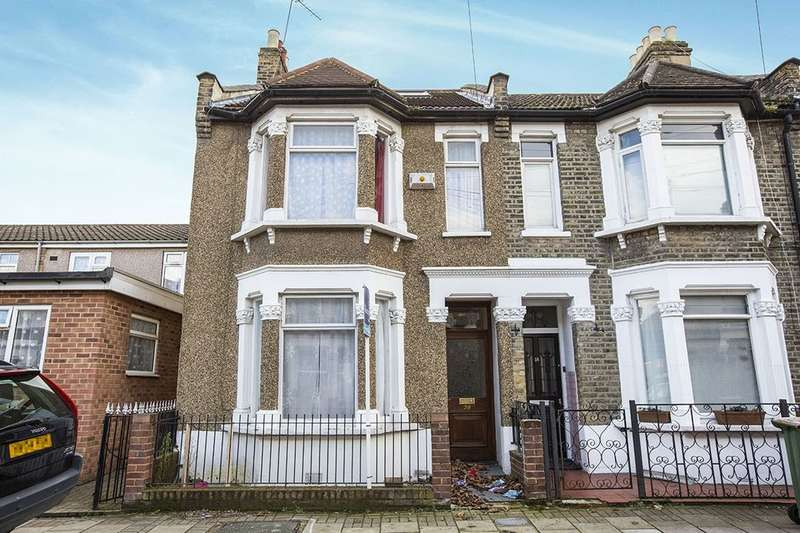 5 Bedrooms Terraced House for sale in Chesterton Terrace, London, E13