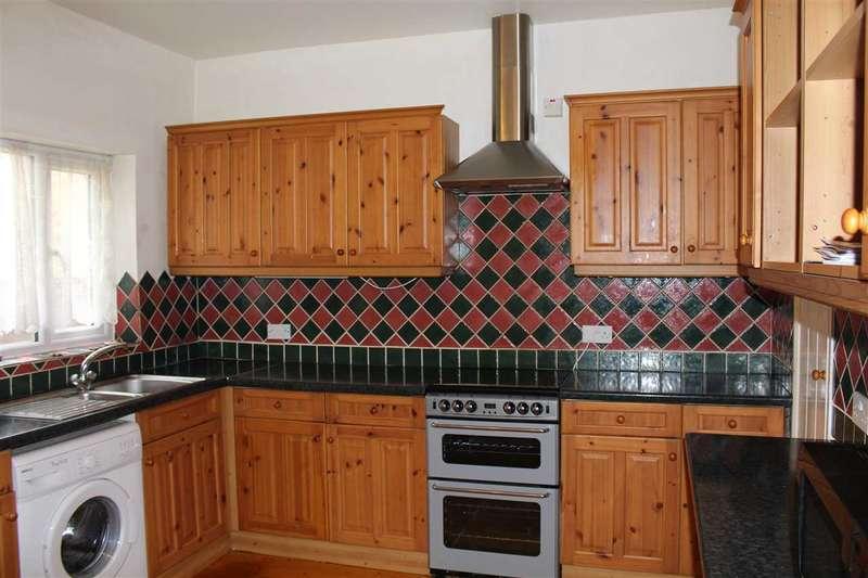 2 Bedrooms Terraced House for sale in Dryden Street, Swindon