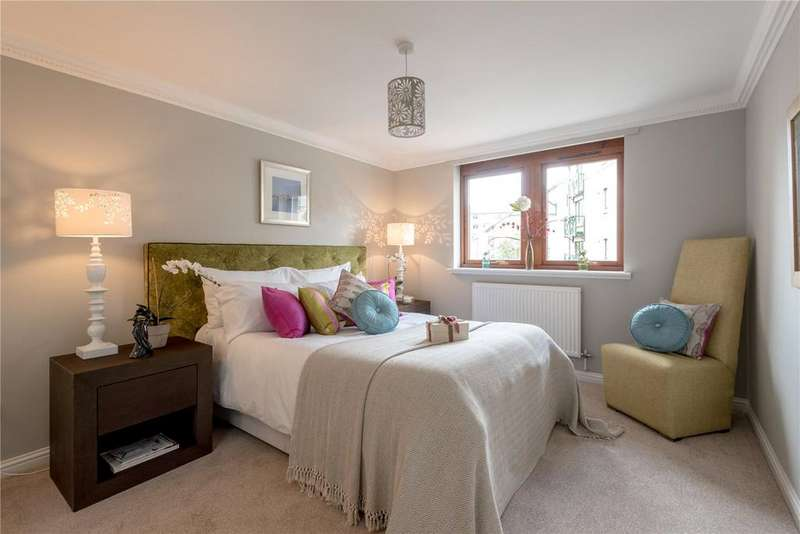 2 Bedrooms Flat for sale in 32 West Silvermills Lane, Stockbridge, Edinburgh, EH3