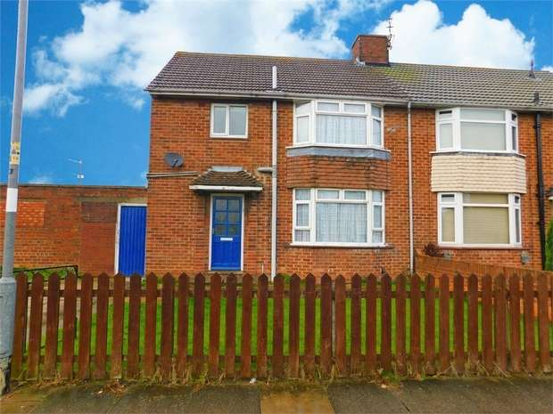 3 Bedrooms Semi Detached House for sale in Stainton Drive, Grimsby, Lincolnshire