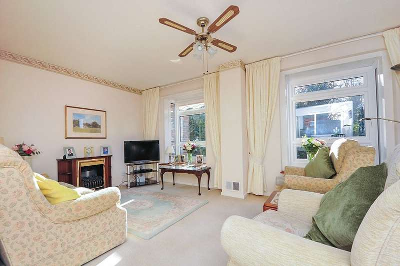 2 Bedrooms Flat for sale in Founders Gardens, LONDON, SE19