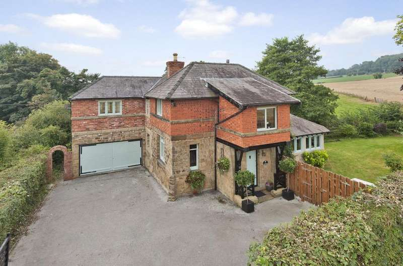 5 Bedrooms Detached House for sale in Wrexham