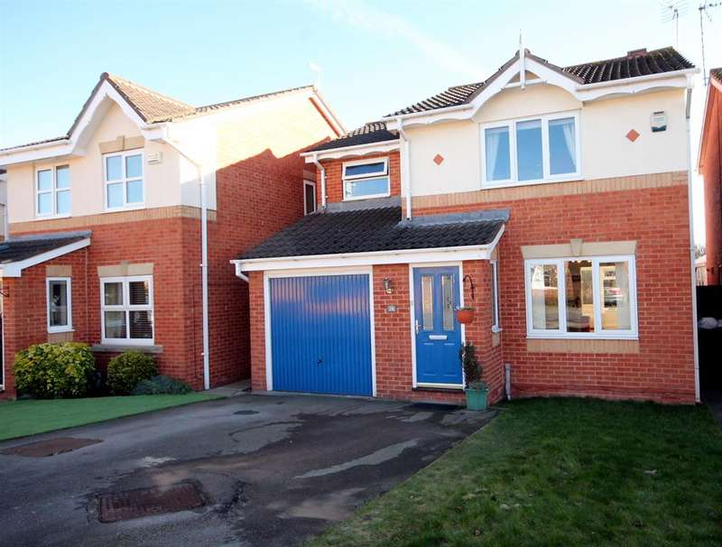 3 Bedrooms Detached House for sale in Woodland Chase, York, YO30 6RE