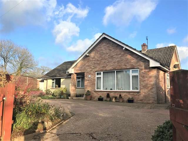3 Bedrooms Detached Bungalow for sale in Curscombe Farm, Feniton