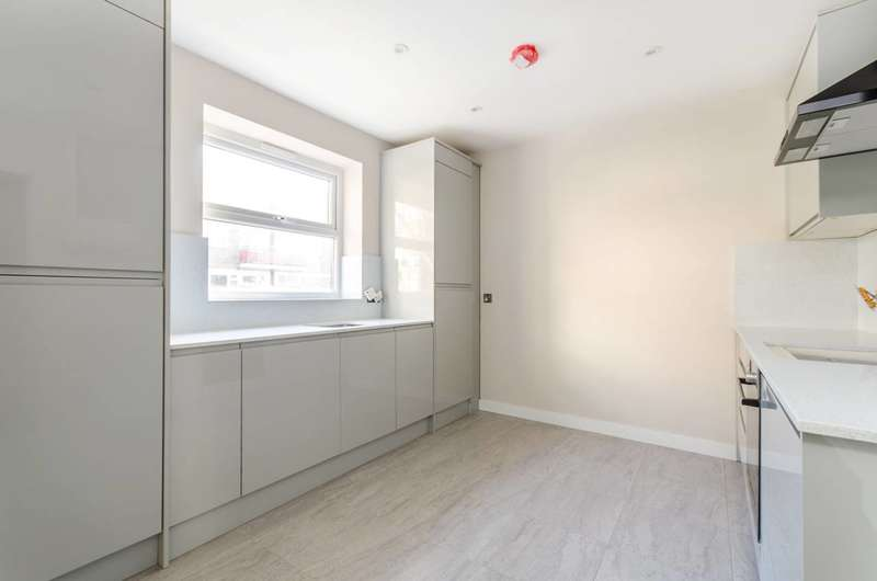 2 Bedrooms Flat for sale in Maltby Street, Borough, SE1