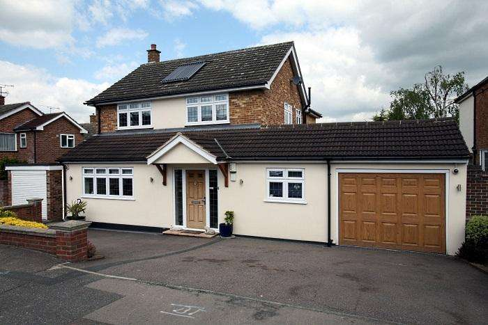 4 Bedrooms Detached House for sale in LANDVIEW GARDENS, ONGAR CM5