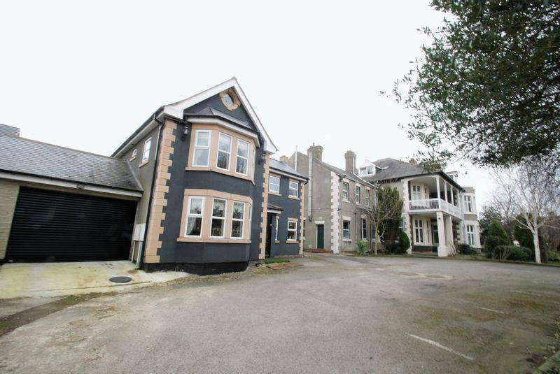 13 Bedrooms House for sale in Cambridge Road, Middlesbrough