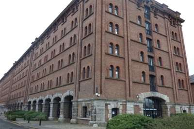 2 Bedrooms Flat for rent in Waterloo Warehouse, L3