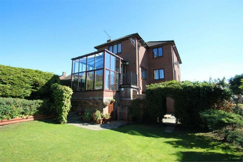 4 Bedrooms Detached House for sale in Mill Road, Mile End, Colchester, Essex