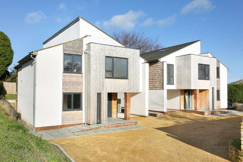 4 Bedrooms Detached House for sale in The Old Orchard, Chapmanslade