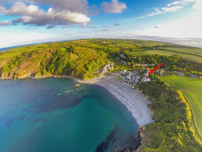 4 Bedrooms Detached House for sale in Porthallow, Nr. St Keverne, Helston, Cornwall, TR12