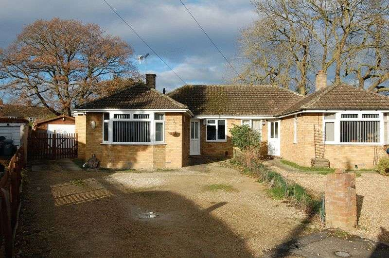 3 Bedrooms Property for sale in Fletcher Close, Yarnton