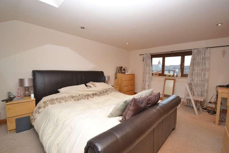 4 Bedrooms Terraced House for rent in Mount Pleasant Street, Huddersfield HD5