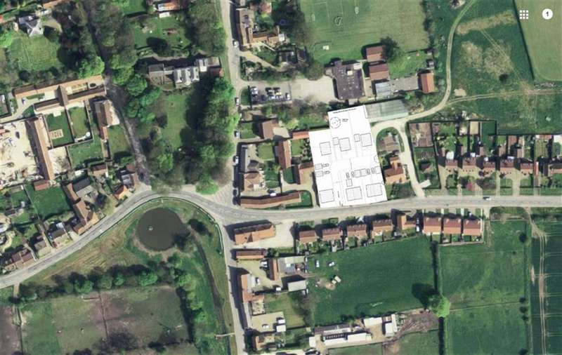 Land Commercial for sale in Lakings Lane, Wold Newton
