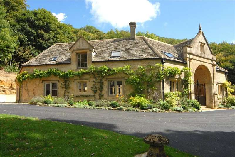 2 Bedrooms Semi Detached House for rent in The Octagon, Middle Hill, Broadway, Worcestershire, WR12