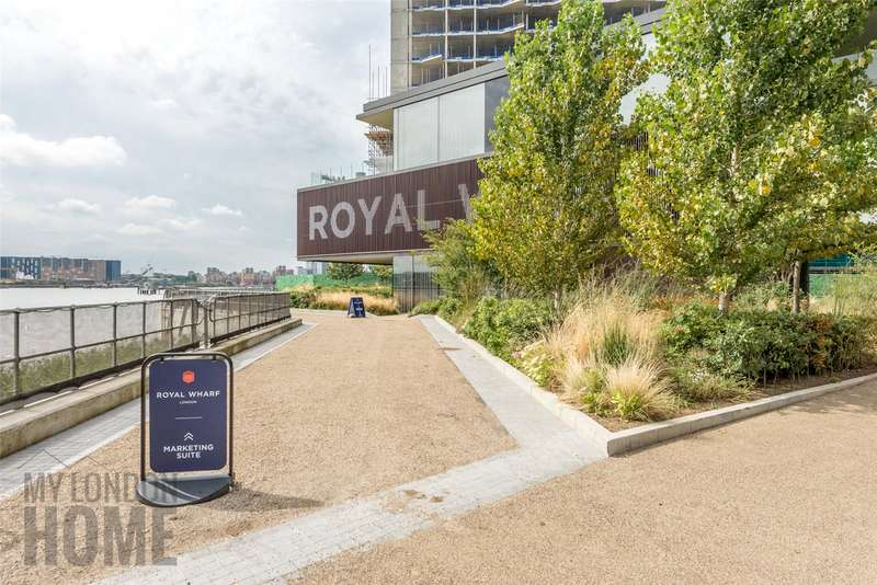3 Bedrooms Apartment Flat for sale in Marco Polo, Mariners Quarter, Royal Wharf, E16
