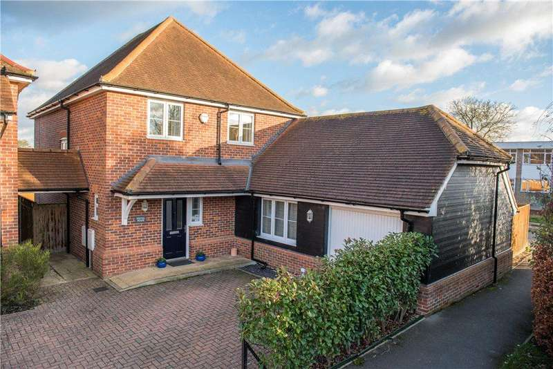 4 Bedrooms Detached House for sale in Wirethorn Furlong, Haddenham, Aylesbury, Buckinghamshire