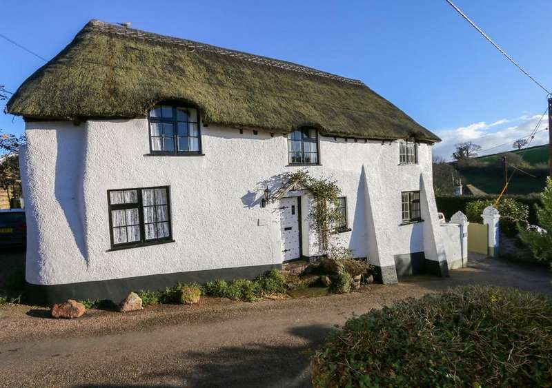 4 Bedrooms Barn Conversion Character Property for sale in Long Thatch, Holcombe