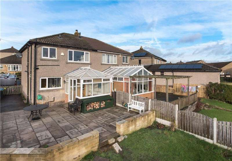 3 Bedrooms Semi Detached House for sale in Heaton Crescent, Eldwick, West Yorkshire